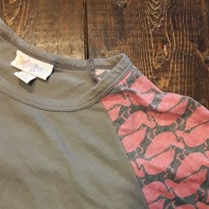 S Randy Lularoe top